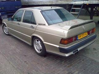 Mercedes-Benz 190 E 2.3-16 (1986)
