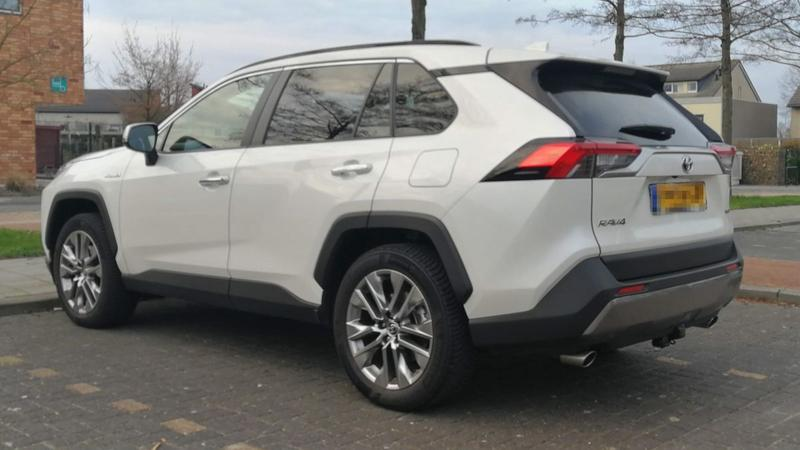 Toyota RAV4 2.5 Hybrid AWD Executive (2020)