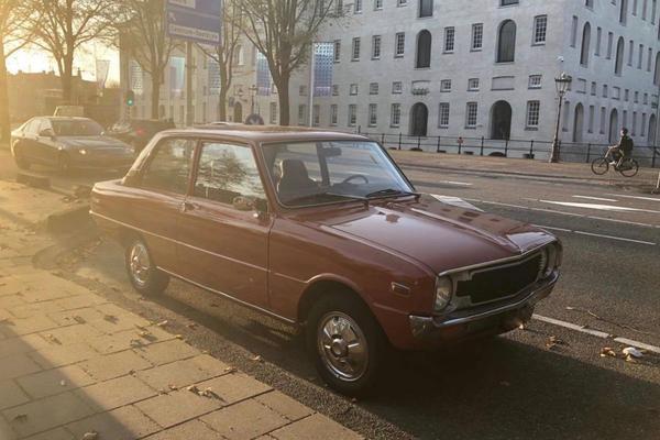In het Wild: Mazda 1300 (1975)