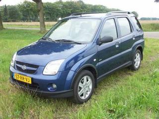 Suzuki Ignis 1.5 GLX (2005)