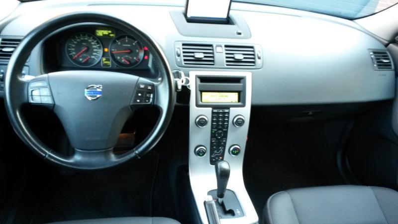 Volvo V50 D3 Momentum (2010)