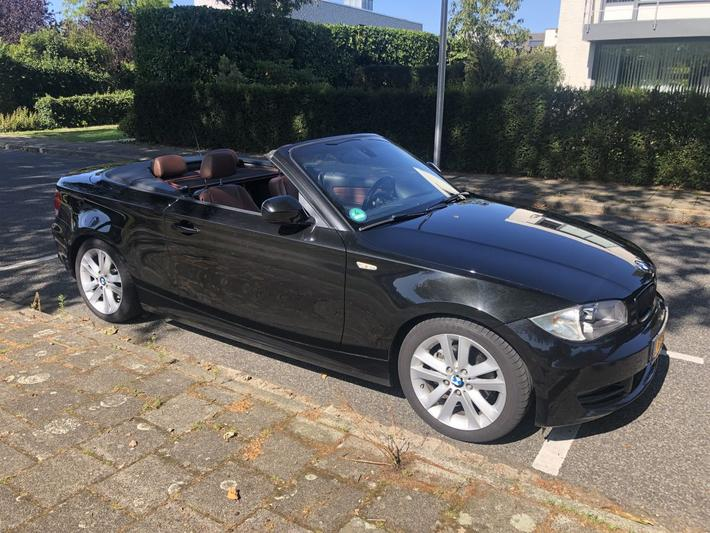 BMW 120d Cabrio High Executive (2010)