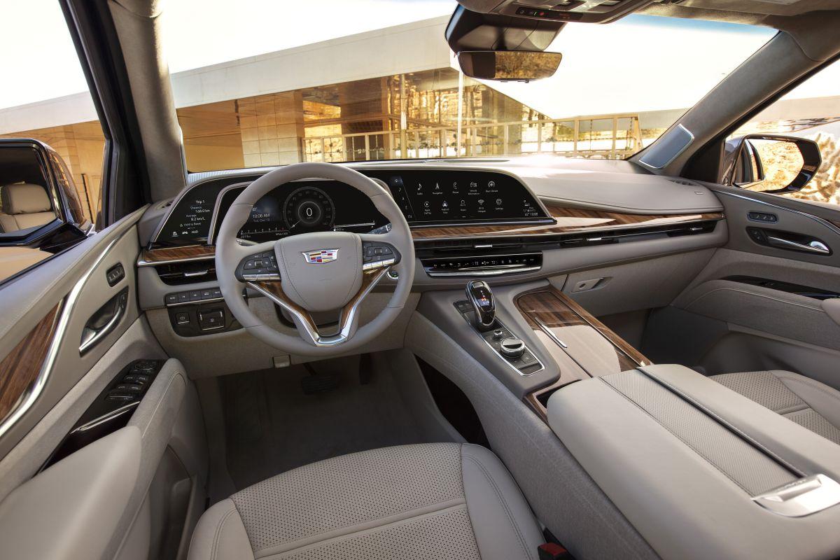 Cadillac Escalade (2020) 14