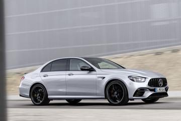Verkopen Mercedes-Benz tonen herstel van crisis