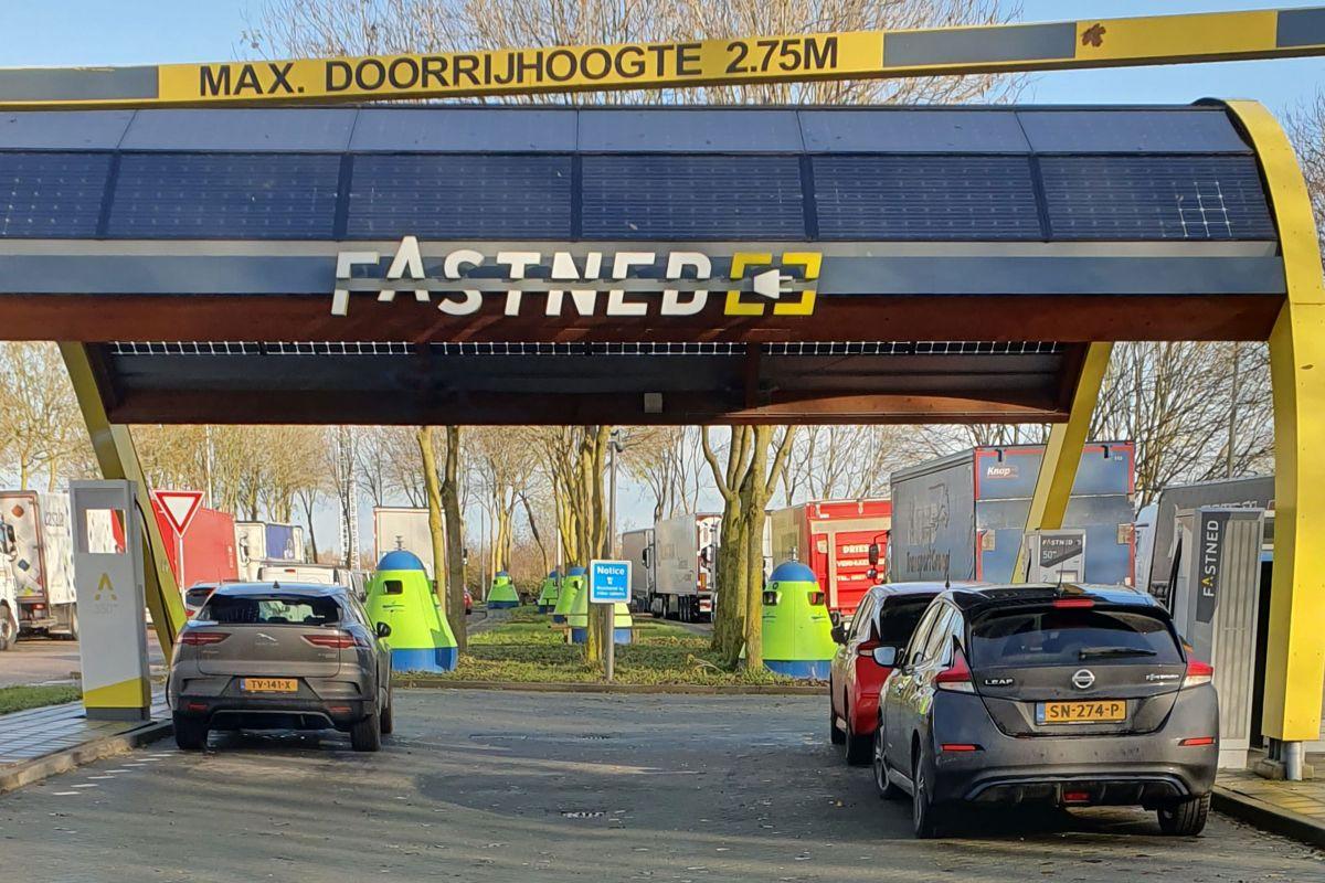 Fastned wil aantal laadstations ruim verdubbelen - AutoWeek