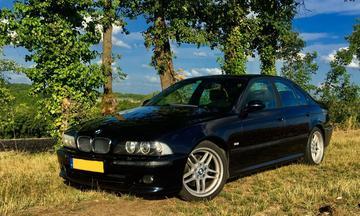 BMW 530i Executive (2001)