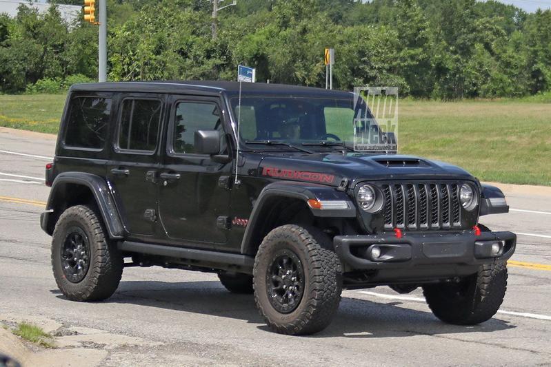 Spyshots Jeep Wrangler V8