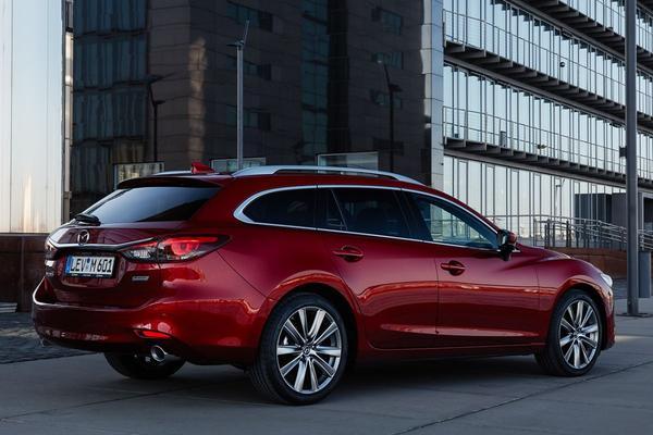 Mazda vult prijslijst 6 aan