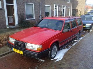 Volvo 940 Estate GL 2.3i (1991)