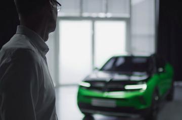 Nieuwe Opel Mokka schemert door