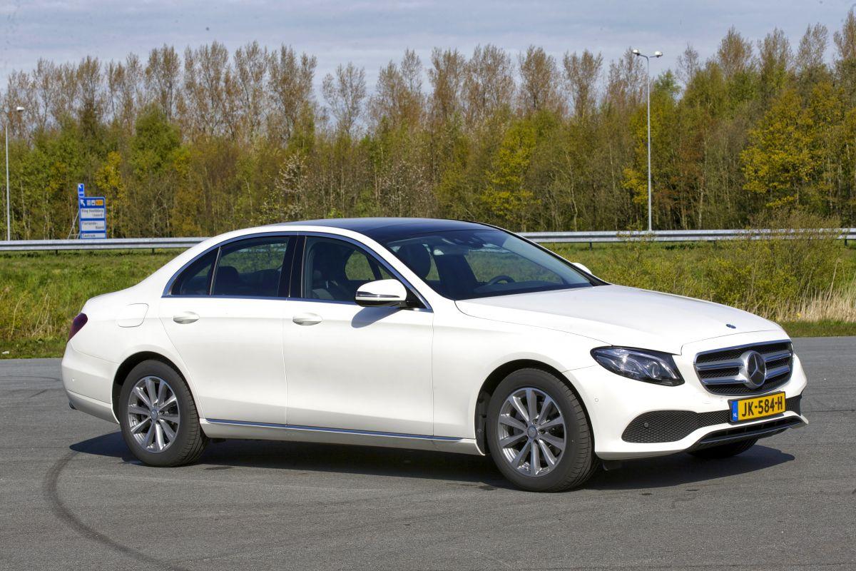Mercedes benz e 220 d lease edition 2016 autotest for Mercedes benz leasing