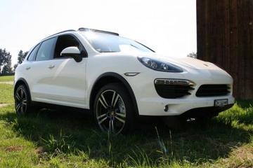 Porsche Cayenne S (2011)