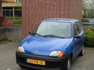 Fiat Seicento 1100 i.e. Young (2000)