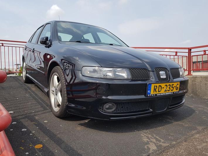 Seat Leon 2.8 V6 Cupra 4 (2001)