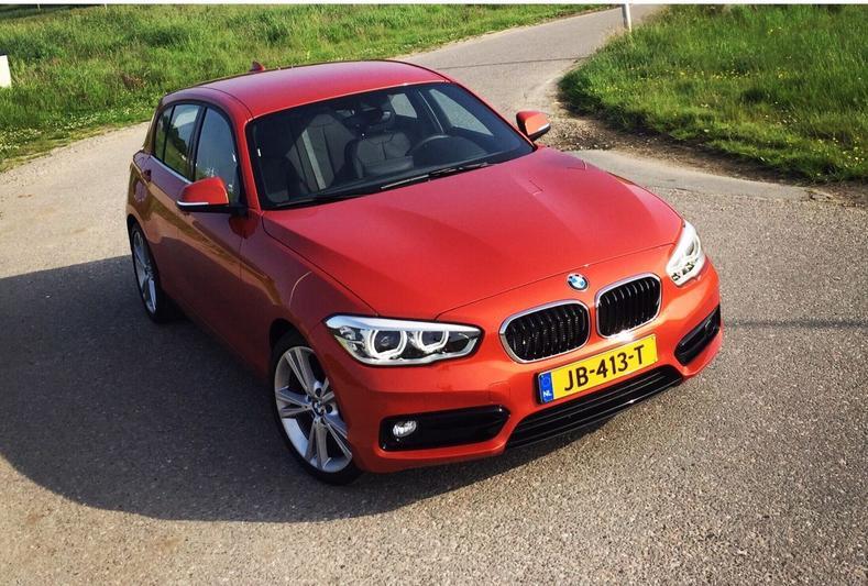 BMW 116d Efficient Dynamics (2016)