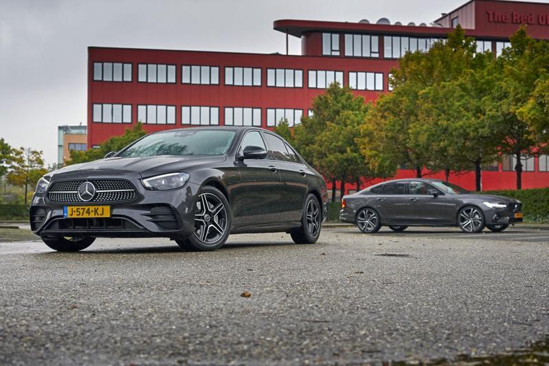 Mercedes-Benz E-klasse vs. Volvo S90 - Dubbeltest