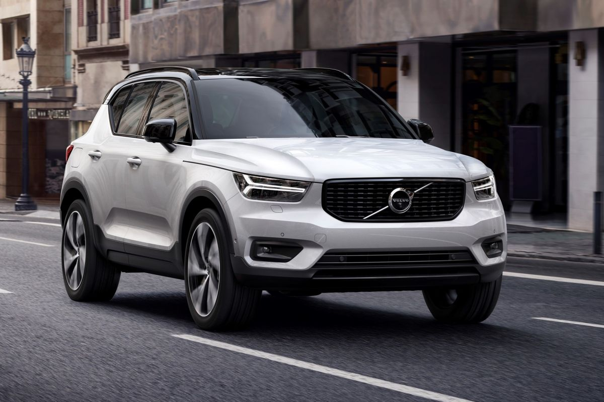 d t is de nieuwe volvo xc40. Black Bedroom Furniture Sets. Home Design Ideas