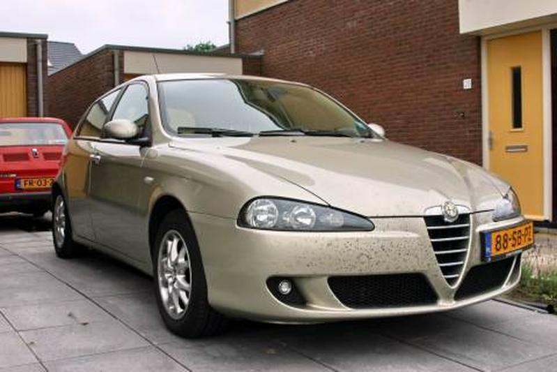Alfa Romeo 147 1.9 JTD 120pk Distinctive (2006)