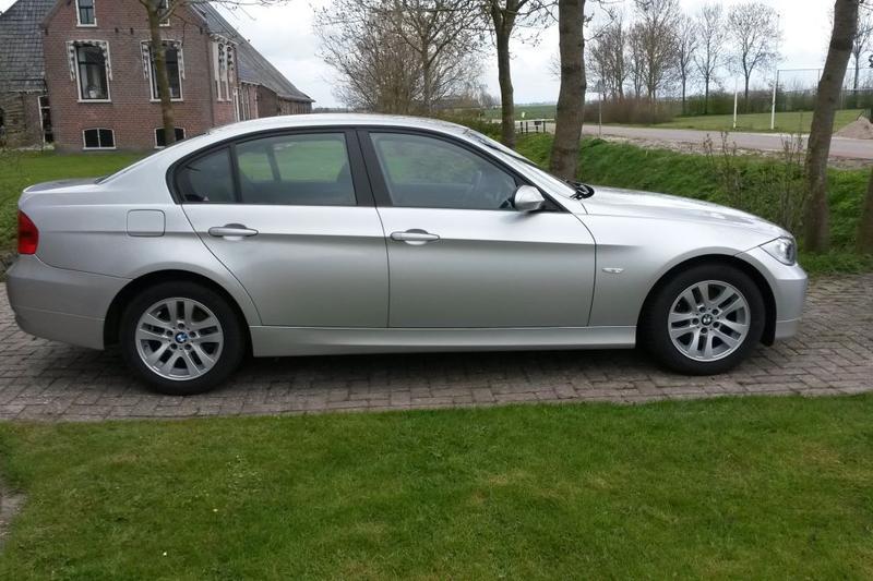 BMW 318i High Executive (2006)