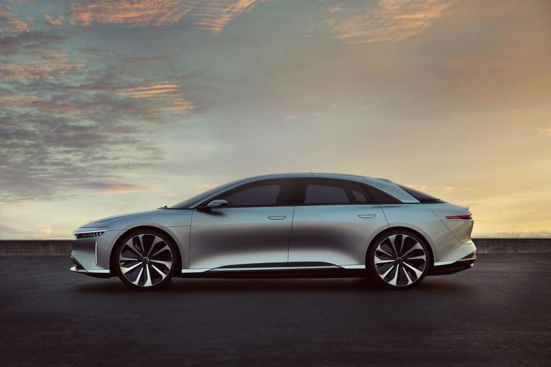 Saudi's steken miljard in concurrent Tesla