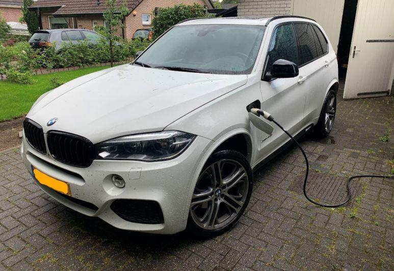 BMW X5 xDrive40e iPerformance High Executive (2015)