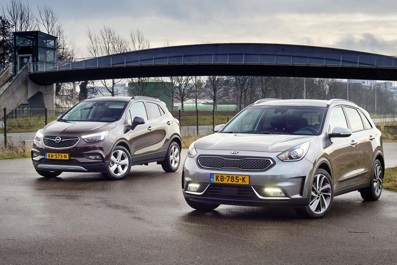 Opel Mokka vs. Kia Niro