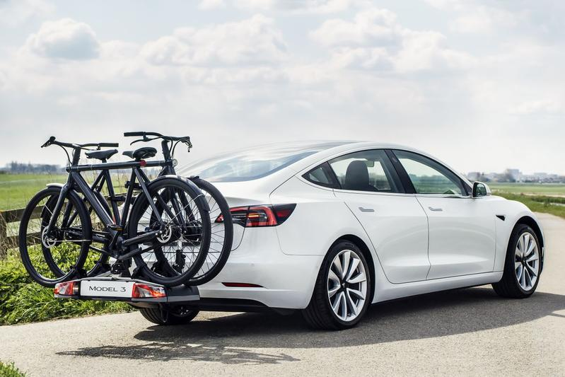 Trekhaak Tesla Model 3