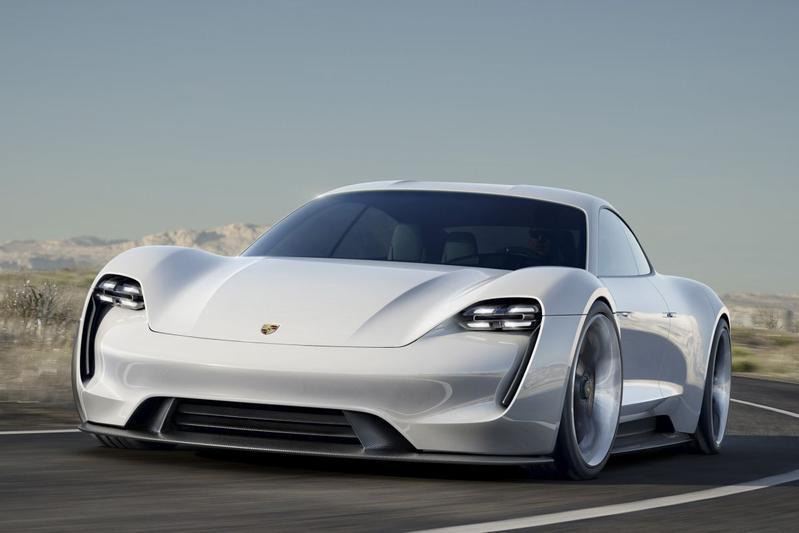 Porsche Mission E: pas op, Tesla Model S!