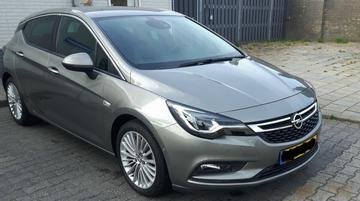 Opel Astra 1.6 Turbo Innovation (2016)