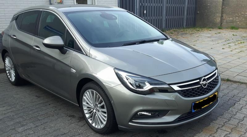 Opel Astra 1.6 Turbo Innovation (2016)