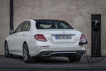 Mercedes-Benz prijst nieuwe dieselhybride