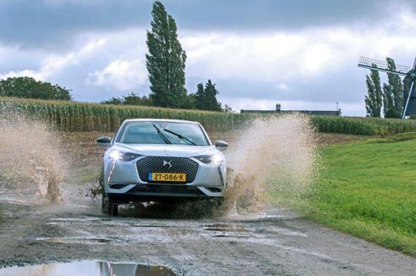 AutoWeeks Lucas Verbeke wint persprijs