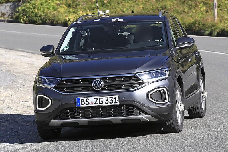 Spyshots Volkswagen T-Roc R