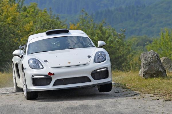 Porsche toont GT4 Clubsport Rally Concept