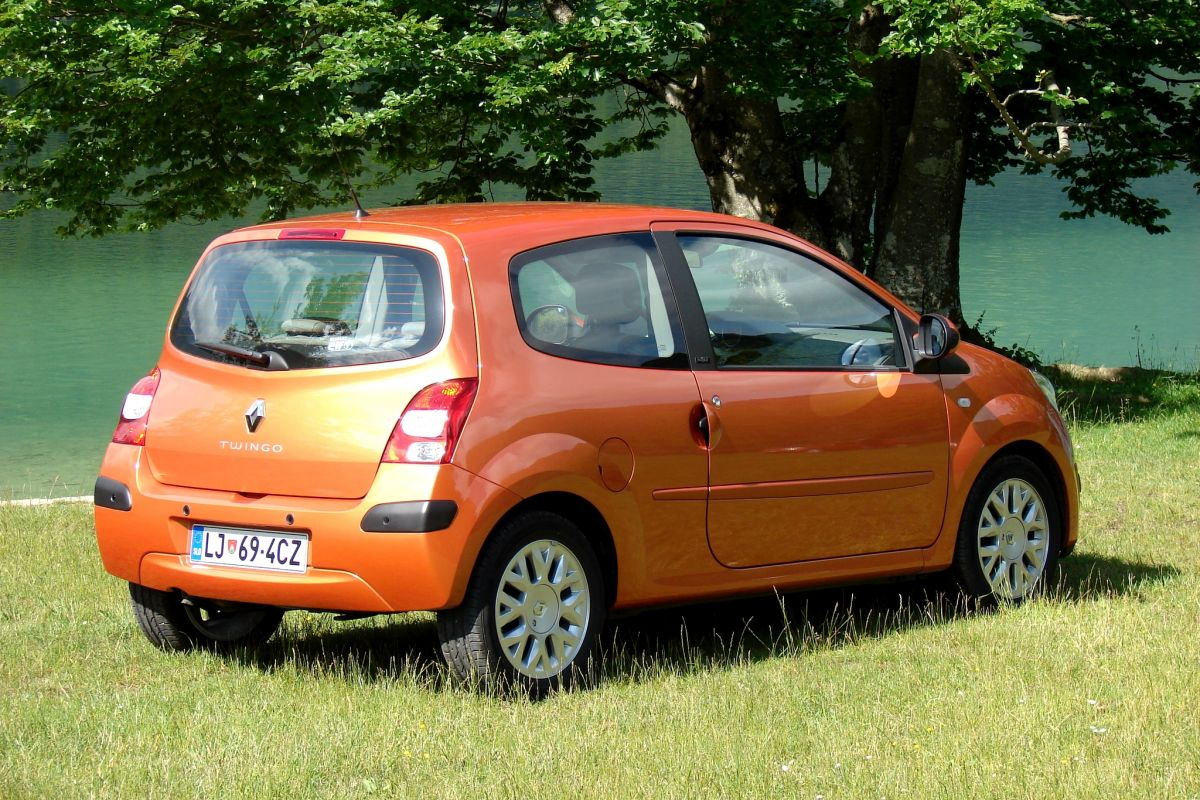 facelift friday renault twingo autonieuws. Black Bedroom Furniture Sets. Home Design Ideas