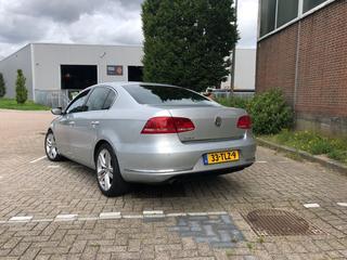 Volkswagen Passat 1.4 TSI BMT Executive Line High (2012)