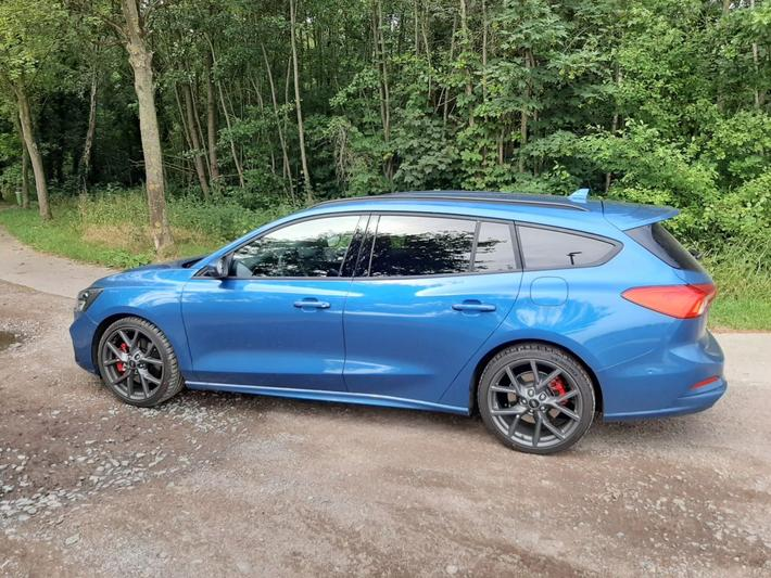 Ford Focus Wagon 2.3 EcoBoost ST-3 (2020)