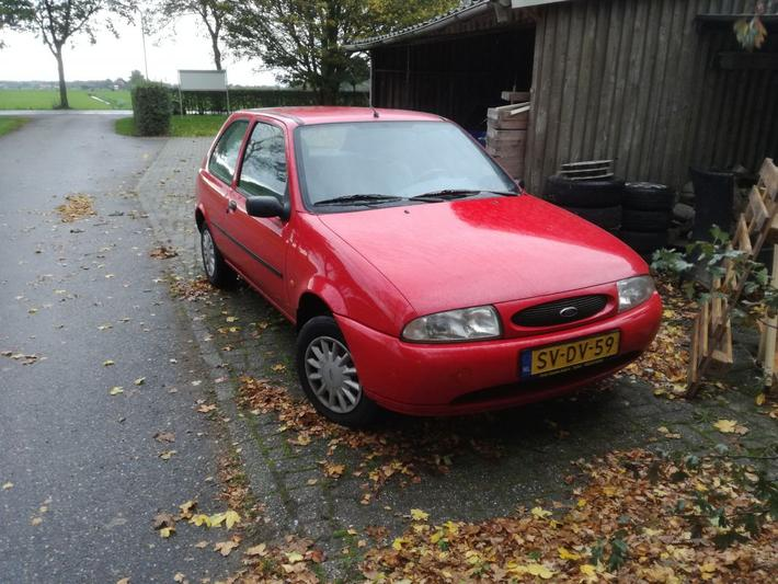 Ford Fiesta 1.3i (1998)