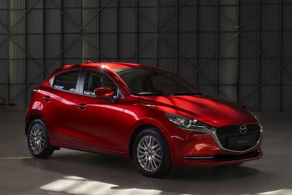 Gefacelifte Mazda 2 in beeld