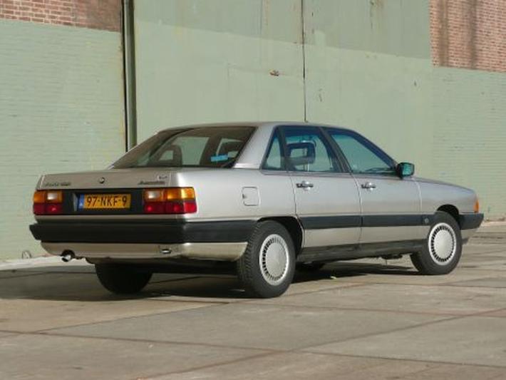 Audi 100 CC 1.8 90pk (1986)