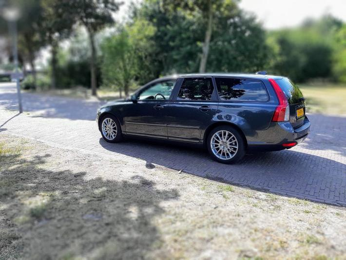 Volvo V50 2.4i Edition II (2009)