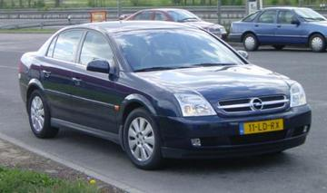 Opel Vectra 2.2 DTi-16V Elegance (2002)