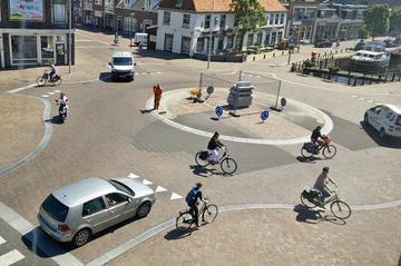 'Steun voor 30 km/h in bebouwde kom, met wegaanpassingen'