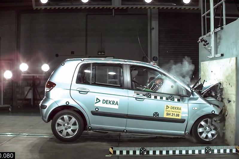 AutoWeek 23 - Crashtest Hyundai Getz