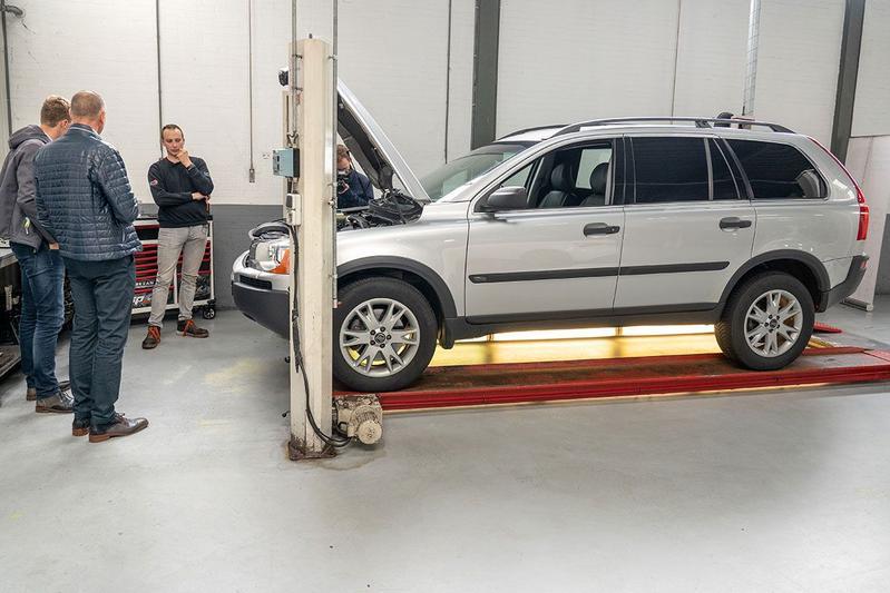 Volvo XC90 D5 - 2004 – 608.011 km - Klokje Rond