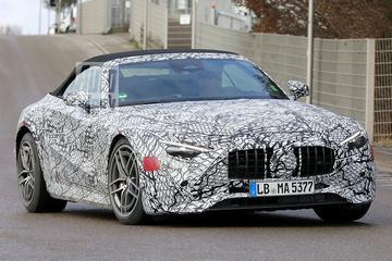 Nieuwe Mercedes-Benz SL duikt op