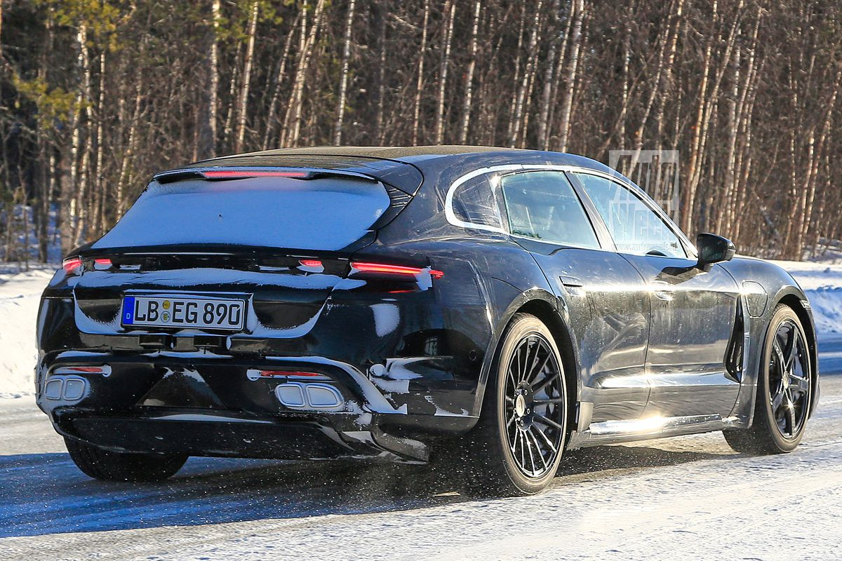 2020 - [Porsche] Taycan Sport Turismo 89eyzbab4bt7