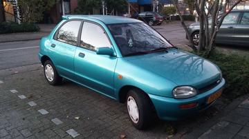Mazda 121 1.3i GLX (1992)