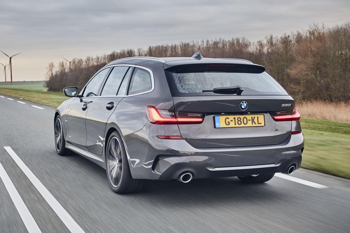 BMW 330i Touring