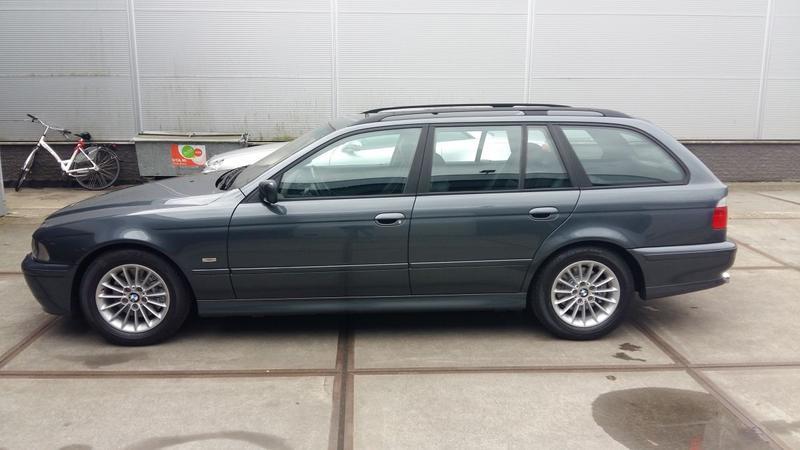 BMW 530i touring Executive (2000)